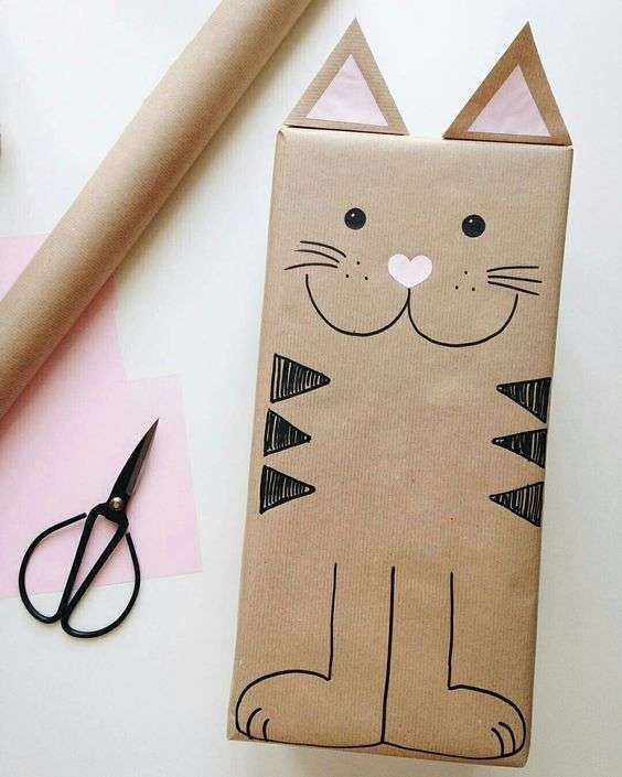 http://www.mommodesign.com/cute-kids-gift-wrapping-ideas.html